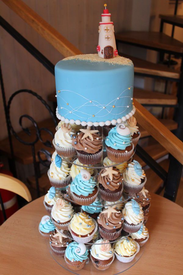 beach wedding cakes with cupcakes best 25 wedding cupcakes ideas on 11188