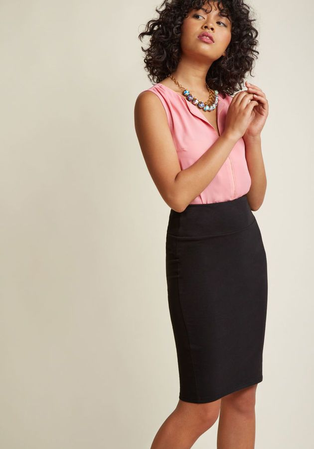MDB1032 Name a more iconic duo than your styling eye and this black pencil skirt. Go on - we'll wait! There's nothing quite like a classic wardrobe staple to stoke your creative imagination, so let the stretch knit fabric and timeless silhouette of this versatile
