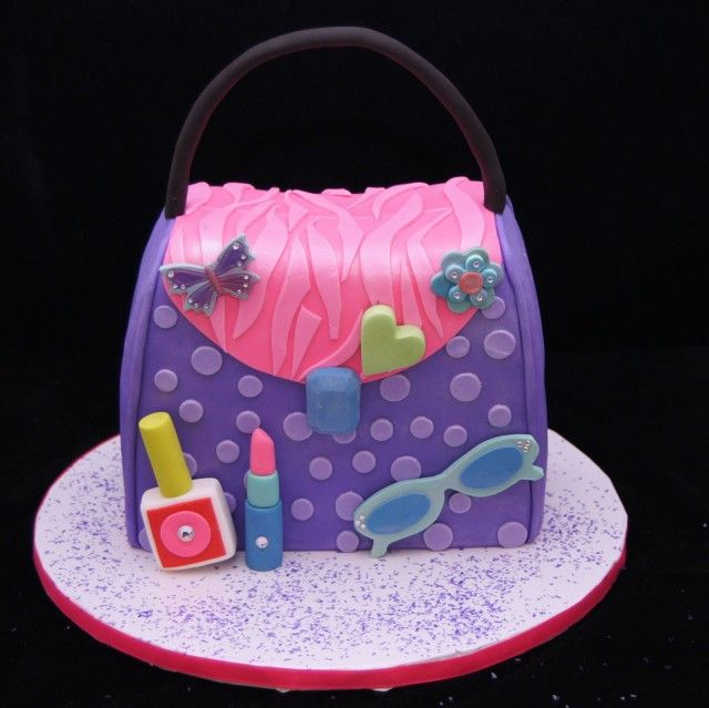 Little Diva purse cake