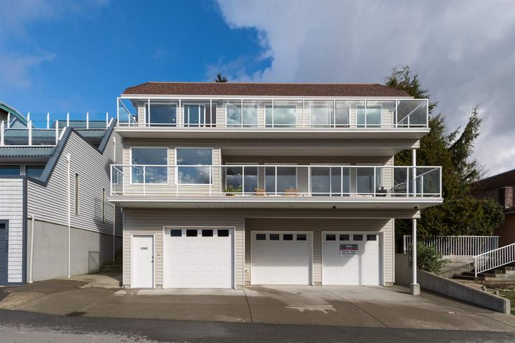 "Main Photo: 15392 COLUMBIA Avenue: White Rock House for sale in ""White Rock Hillside"" (South Surrey White Rock)  : MLS(r) # R2037114"