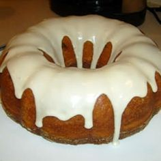 Vanilla Glaze - so easy, very tasty, and only 16 cals per serving! I just made this with lemon cake. Whoa baby! Refreshing!