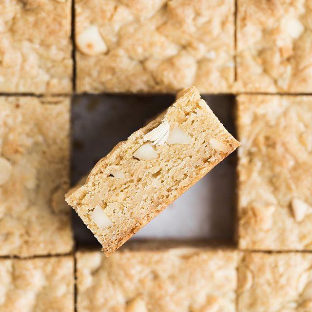 Trois raisons de visiter le blog aujourd'hui … ButterBeurre couronné Nut Noix de macadamia ✨B …   – Cake
