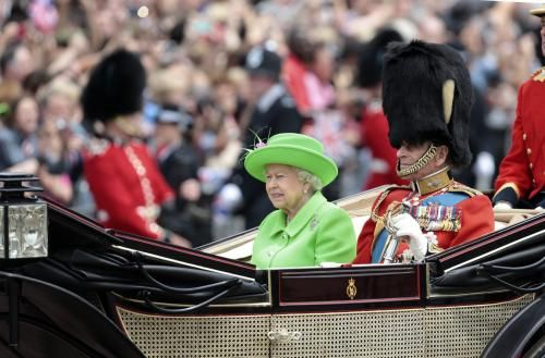Queen Elizabeth II's Sovereign Grant will receive an 8 percent income increase from public funds after the Crown Estate increased profits…