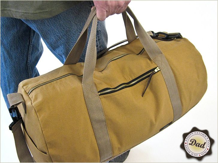 Sew and give your Dad this amazing vintage-style duffle bag using this free sewing tutorial from Sew 4 Home. S4Hblendedheavy canvasandfaux leatherwith webbing and brass zipper accents; inside...