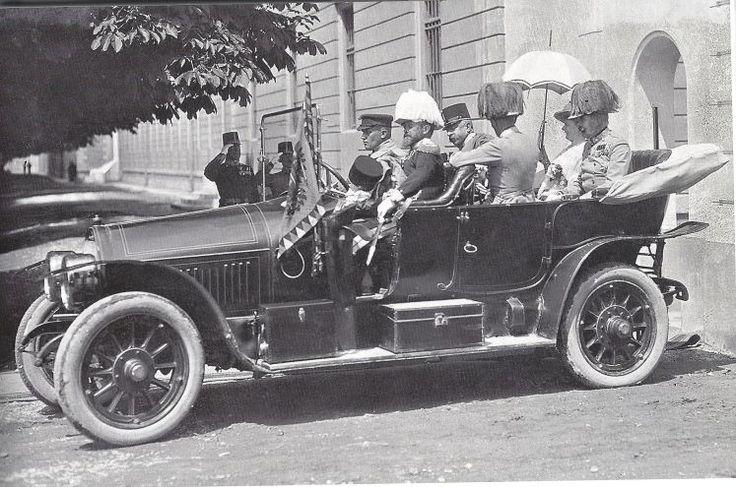 100 Jahre 1. Weltkrieg: Das Auto, in dem Franz Ferdinand starb - Der österreichische Thronfolger wurde in einem Gräf&Stift Doppelphaeton Type 28/32 PS erschossen. Mehr dazu hier: http://www.nachrichten.at/anzeigen/motormarkt/motor/Das-Auto-in-dem-Franz-Ferdinand-starb;art111,1423927 (Bild: Heeresgeschichtliches Museum)