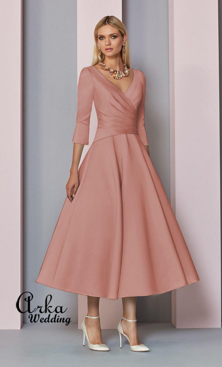 Φόρεμα Βραδινό Κομψό, από Crepe με 3/4 Μανίκι. Κωδικός: 29320 Τιμή: 400,00 € Πληροφορ.και Ραντεβού, Τηλεφ. 210 6610108 http://www.arkawedding.gr/forema-crepe-maniki-29320…