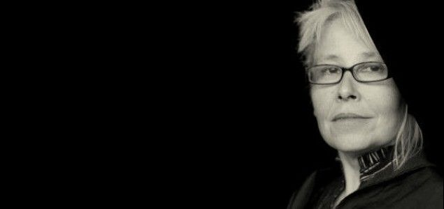 """W pewnym stopniu estetyka teatru niemieckiego przeniosła się do twórczości niektórych polskich autorów. Absolutnie z korzyścią dla teatru i publiczności. Dzięki temu zaczęły się u was pojawiać tematy polityczne, społeczne. Tematy, które jeszcze niedawno uważane były za niegodne teatru, bo ocierają się o publicystykę. Niemcy tak nie myślą"""". Tanja Miletić Oručević, reżyser, dyrektor Teatru Młodych w Mostarze, Bośnia [w:] """"Polski teatr i obce oczy""""/Teatralny.pl"""