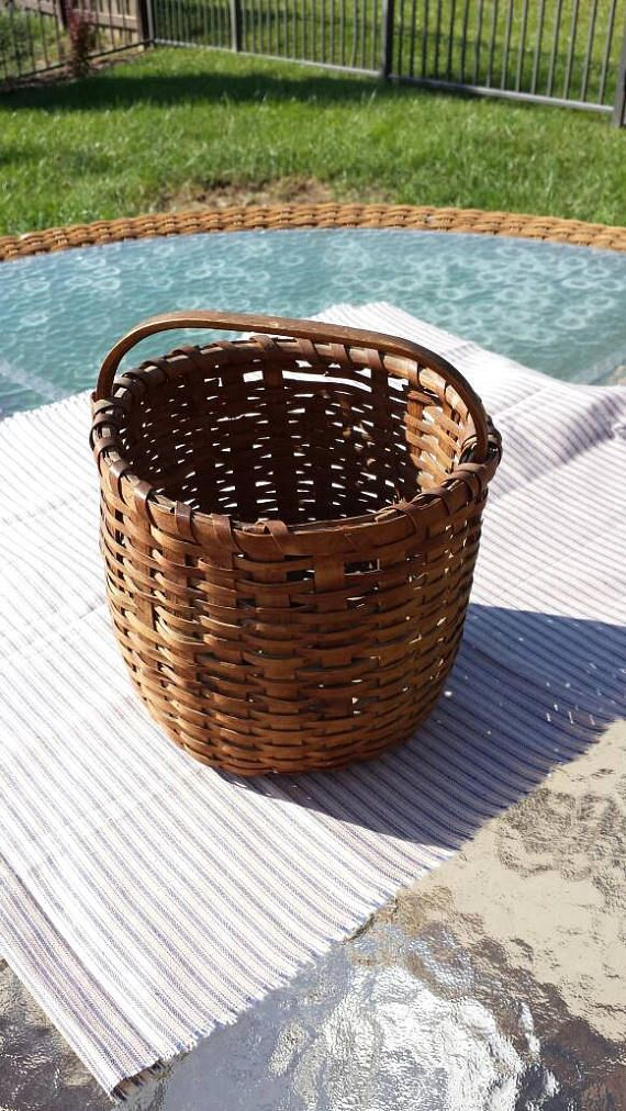 Antique wooden basket. Small size. Used for gathering berries