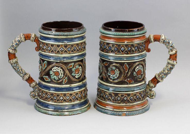 Paar Majolika-Bierkrüge Historismus Keramik 99848004