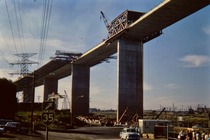 Construction of the westgate bridge 1970.