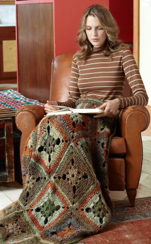 Crochet Midwest Meadow Throw free pattern.