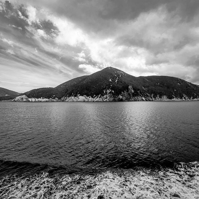 A pic of #elbaisland! www.luisaquaglia.com/elba-in-march/  #photography #picoftheday #picture #pictureoftheday #art #visualart #pics #picsart #visualarts #sea #traveler #journey #blackandwhite #like4like #likeforlike #instaart #instagood #instaartist #italy #elba