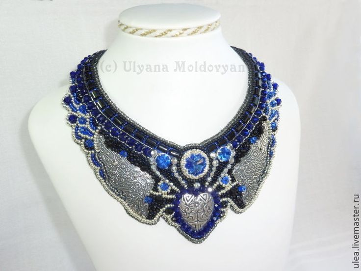 "Bead embroidery necklace ""Dark lady"". Gothic style necklace. Beadwork by Ulyana Moldovyan."