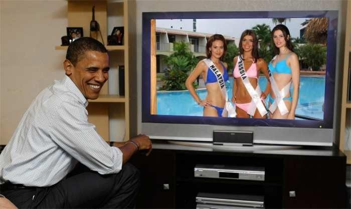 Elanie Daly Miss Universe Malaysia 2003, Olesya Bondarenko Miss Universe Russia 2003 and Helena Stenback Miss Universe Sweden 2003 watch live Obama