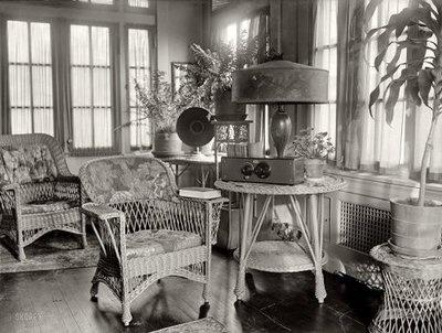 Media Room: 1926: Shorpy Photography, Vintage Photosstrang, Lamps Media Rooms, Houses Vintage, Photosstrang Radios, Photography Vintage, Lampmedia Rooms, Vintage Photo Strange, Gorgeous Lamps