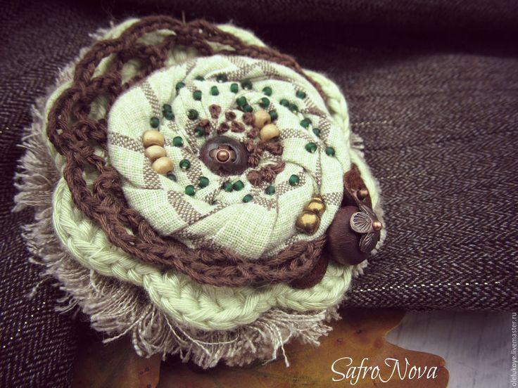 """Купить Брошь текстильная """"Клементина"""" - разноцветный, зеленый, коричневый, цвет сушеных трав, брошь роза"""