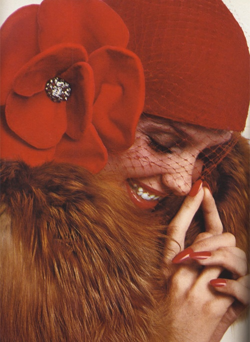 Donna Mitchell by Richard Avedon, 1971.  70s does 20sDonna Mitchell, 1971, Fashion, Richard Avedon, 1970 S, Vogue Uk, Red Hats, Red Nails, 1970S