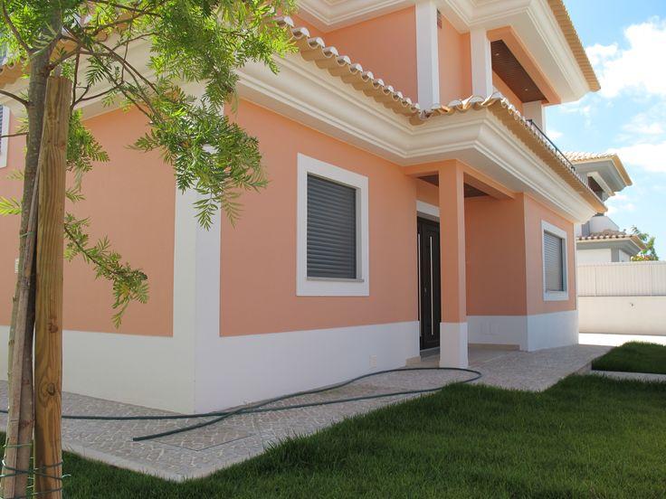 Detached Villa With 4 Bedrooms For Sale In Azeitão, Lisboa, Portugal. http://proferal.blogspot.pt