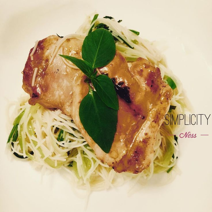 Simple and fresh, quick and nourishing #fwhealthy #Vietnamese #homemade #kitchenswithoutboundaries