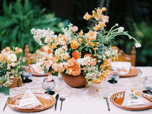Ruffled - photo by Sarah Kate Photographer and Joshua Aull Photography http://ruffledblog.com/mexico-city-courtyard-wedding-ideas