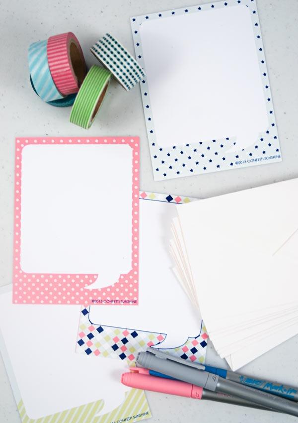 Desenhar o balao de dialogo em papel branco ou liso, depois colar sobre um papel estampadinho