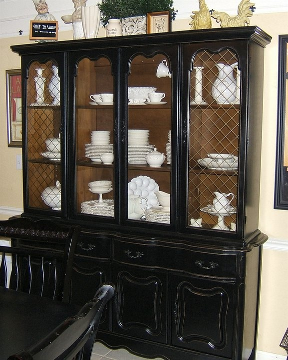 Decorating With Distressed Furniture: Distressed Finish 60's China Cabinet