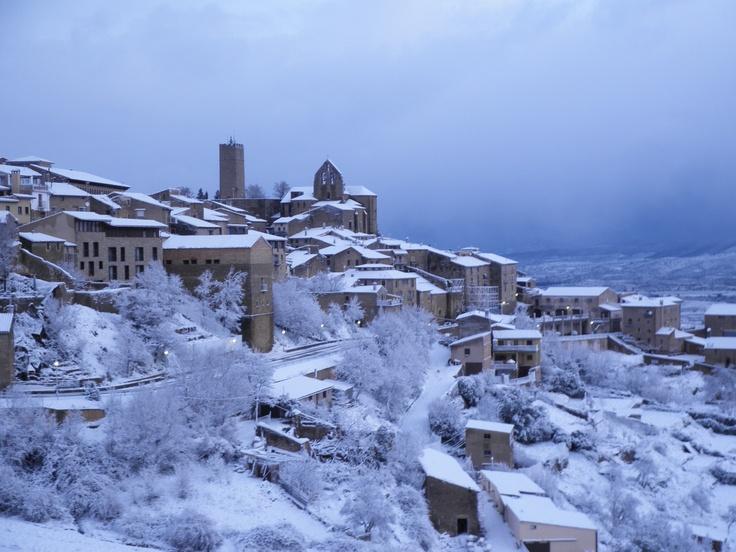 Con sol, nubes, niebla, nieve... Sos del Rey Catolico siempre está precioso