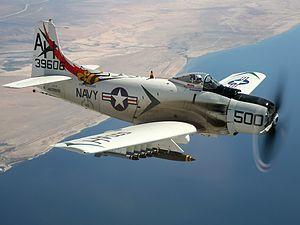 A-1 スカイレイダー君んわ頭の痛い存在;時に西洋便器の様に醜くく時にホッチキスの様な事務機器用品の機能美も兼ね備える; >A-1H