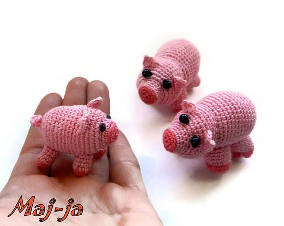 https://www.etsy.com/listing/536835513/miniature-piggy-set-of-3-pieces?ref=shop_home_active_18 miniature piggy  Set of 3 pieces #Amigurumi #pig  #crochet #piggy