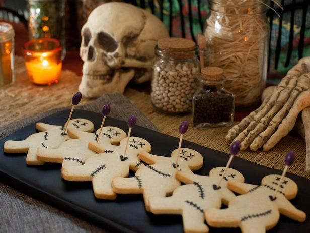 Get in the spooky spirit with Cooking Channel's best Halloween recipes, from fun and frightful savory foods to devilish desserts. Plus, plan a cocktail party with top appetizer recipes, creepy cocktails and eerie decorating ideas.