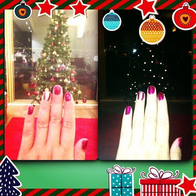 Festive home manicure  ❄️ #InstaFrame #christmas #nailsinc #saturdaynightin