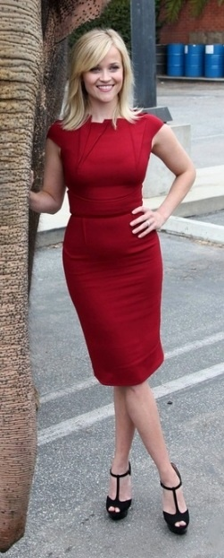 Who made Reese Witherspoon's red dress that she wore in Santa Monica on April 2, 2011?