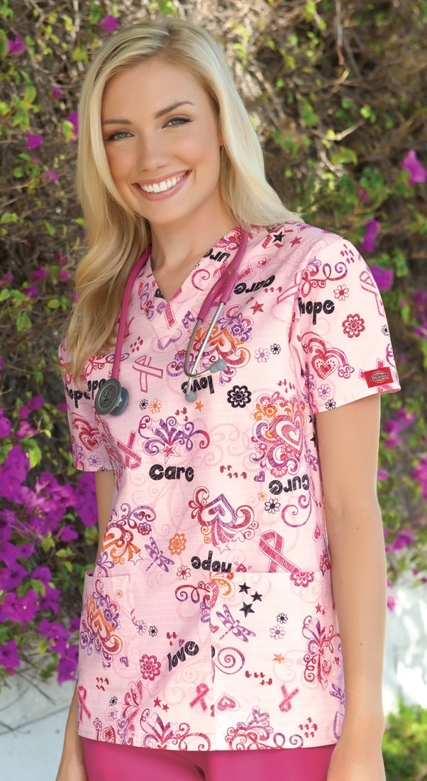 """A classic Missy fit V-neck top features two patch pockets and side vents for ease of movement. Center back length: 26""""."""