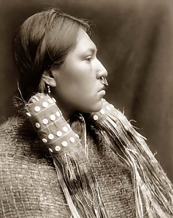 a closer look at the native american woman A closer look at the damaged brains of american women there has to be something to explain why american women are so it gives an inside look.
