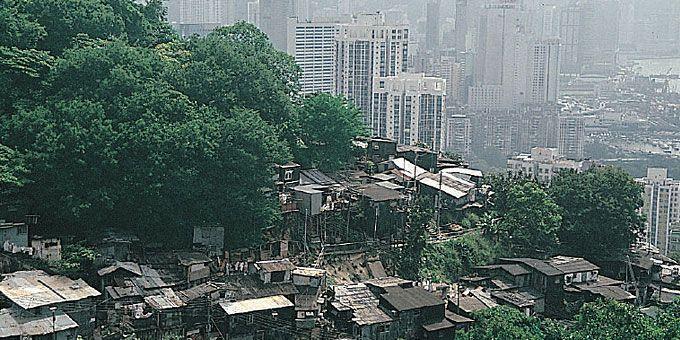Παλάτια και παράγκες: Ένας πλανήτης… άνισος Χονγκ Κονγκ