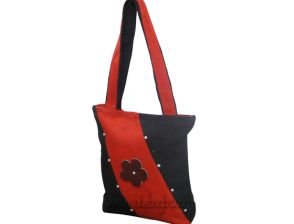 Best jute shopping bag manufacture company and we have more buyer in Europe and America.