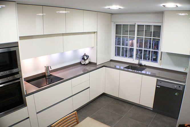 MUEBLES PARA TODAS LAS ALTURAS - Blogs de Línea 3 Cocinas, Diseño de cocinas , reforma de cocinas , decoración de cocinas