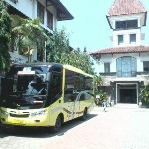 Sewa Bus Murah Seat 25 di Yogyakarta
