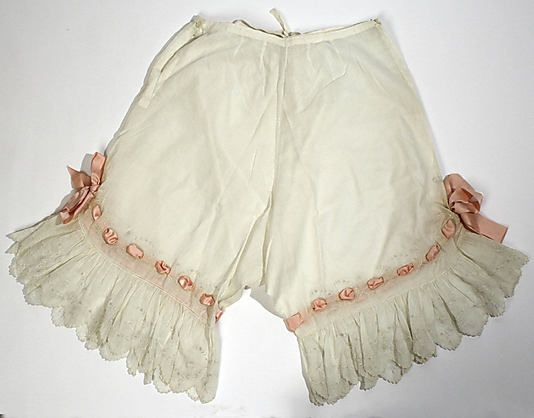 """1900s drawers(the drawers from the Folkwear """"Edwardian Unmentionables"""" pattern ended up[ looking very similar to this."""