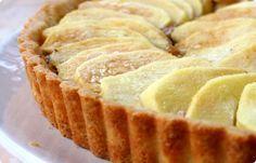 La crostata di mele e crema di noci