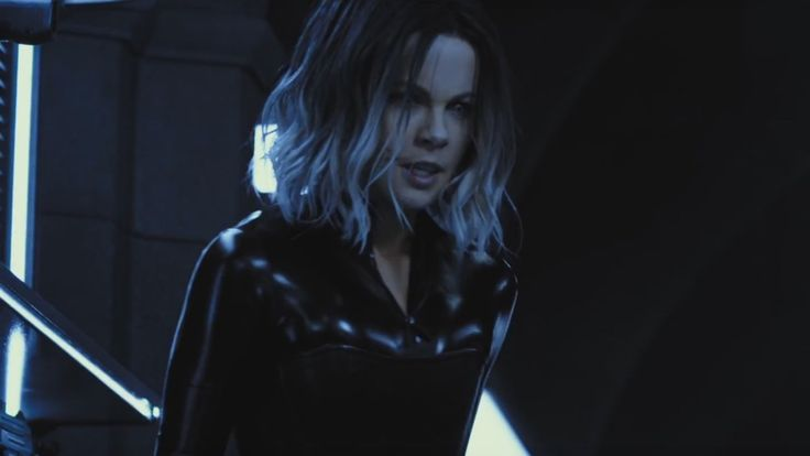 Awesome Full Trailer For UNDERWORLD: BLOOD WARS Shows Selene as a Super Vampire — GeekTyrant