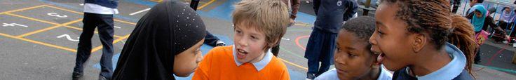 Peer mediation at Millfields Primary School, Hackney, London © UNICEF UK/2009/RRS/Howard Davies