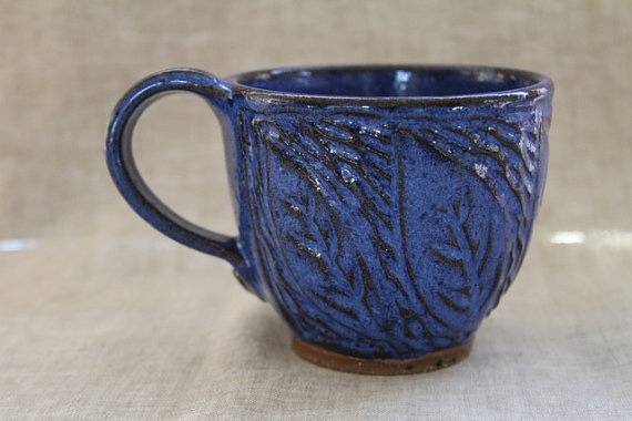 Blue clay leaf mugPottery Ideas, Clay Leaf, Kitchens Wear, Households Goodies, Blue Clay, Ceramics Inspiration