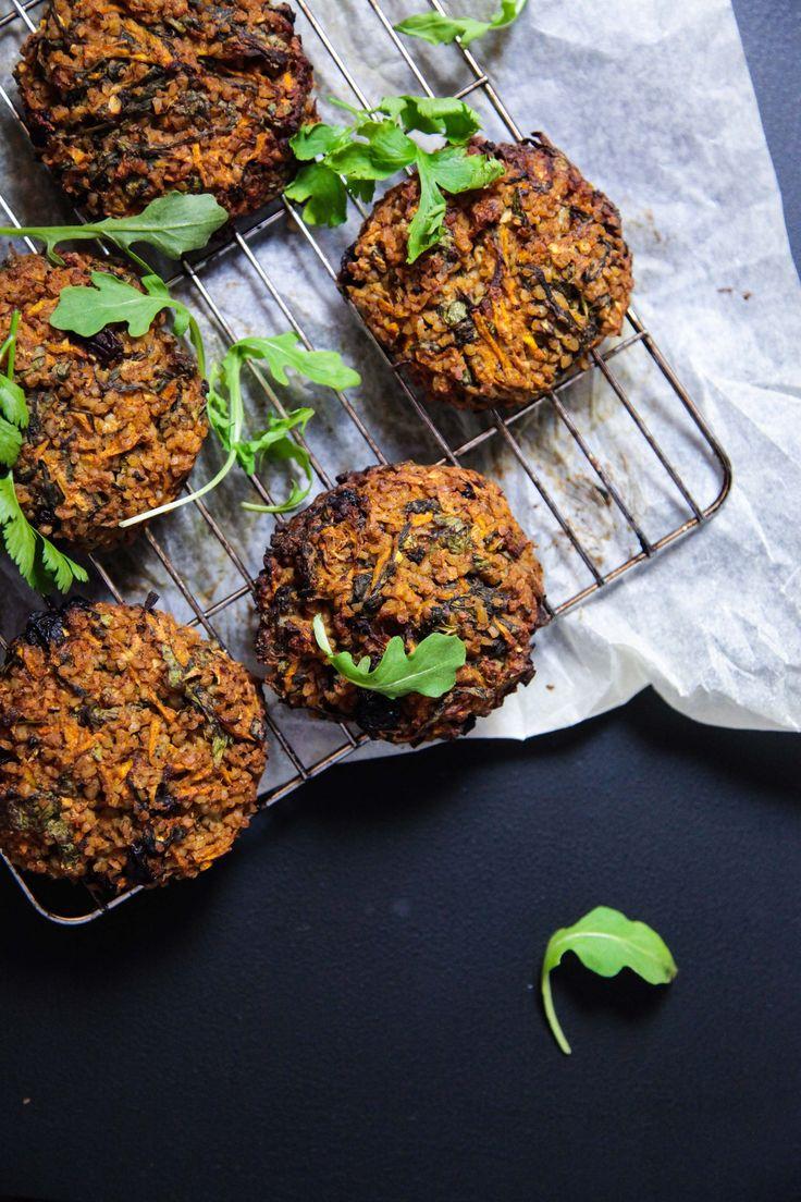 Bulgur Zucchini Rocket Cakes | Berries and Spice