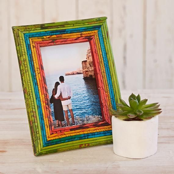 Recycled Newspaper Photo Frame 4x6 Picture Frame Paper Frame
