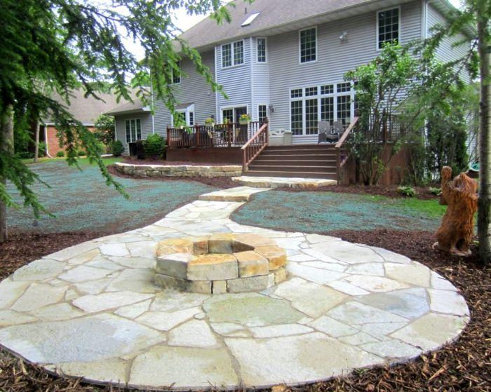 Gehwegplatten Verlegen Und Einen Hof Mit Charakter Gestalten Garten Gestalten Ideen Gartentreppe Gartengestaltung