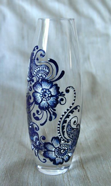 Gorgeous hand-painted glass vase. Love it.