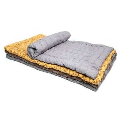Matelas tapis de jeu sirak gris jaune muskhane chambre for Tapis chambre enfant avec matelas futon 120x190