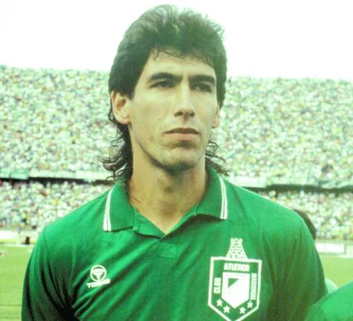 Andrés Escobar, por siempre titular! inmortal #2 e ídolo para toda una vida.