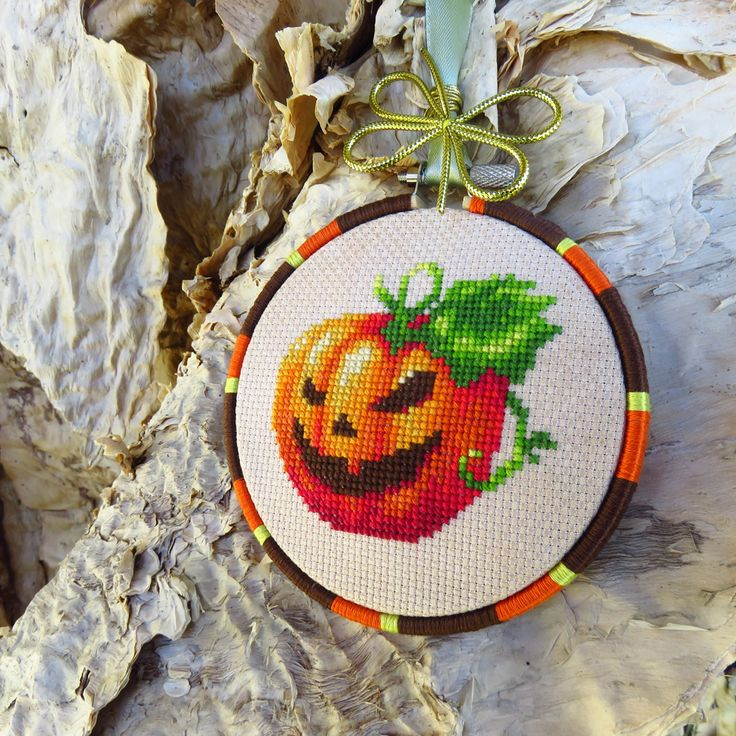 Halloween pumpkin cross stitch pattern.